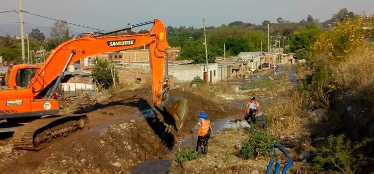 El asentamiento de Huaico nuevamente daña acueducto